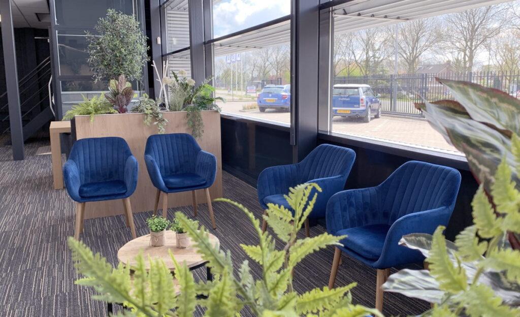 Wachtruimte bij het Paramedisch Centrum Zevenbergen van Praktijk Vitaal Moerdijk.